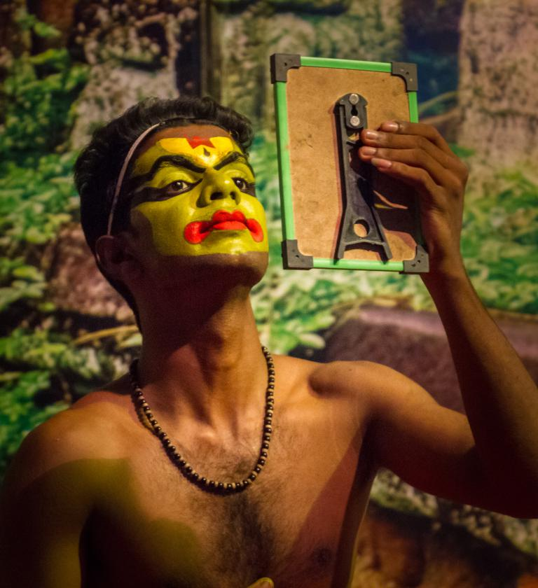 Sue Williamson: Preparing for Kathakali Performance