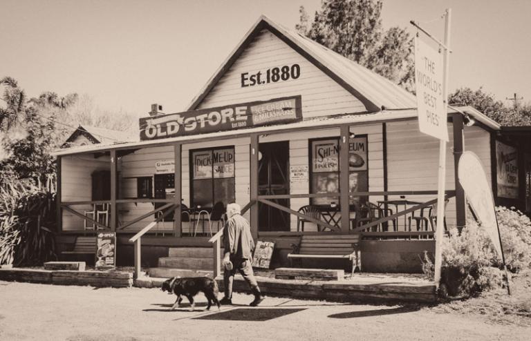 Sue Williamson: Barrengarry Store 2011, Kangaroo Valley